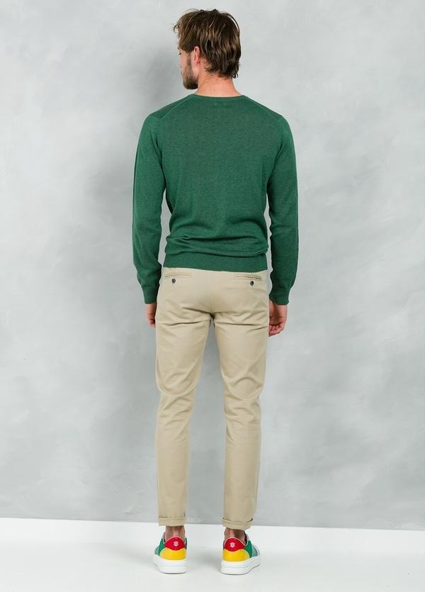 Jersey Casual Wear, SLIM FIT cuello redondo color verde, 100% algodón - Ítem1