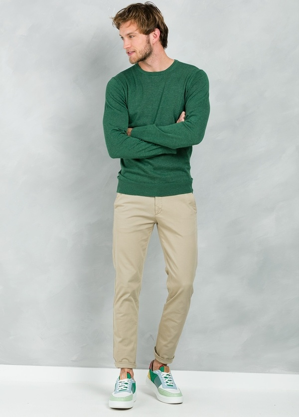 Jersey Casual Wear, SLIM FIT cuello redondo color verde, 100% algodón