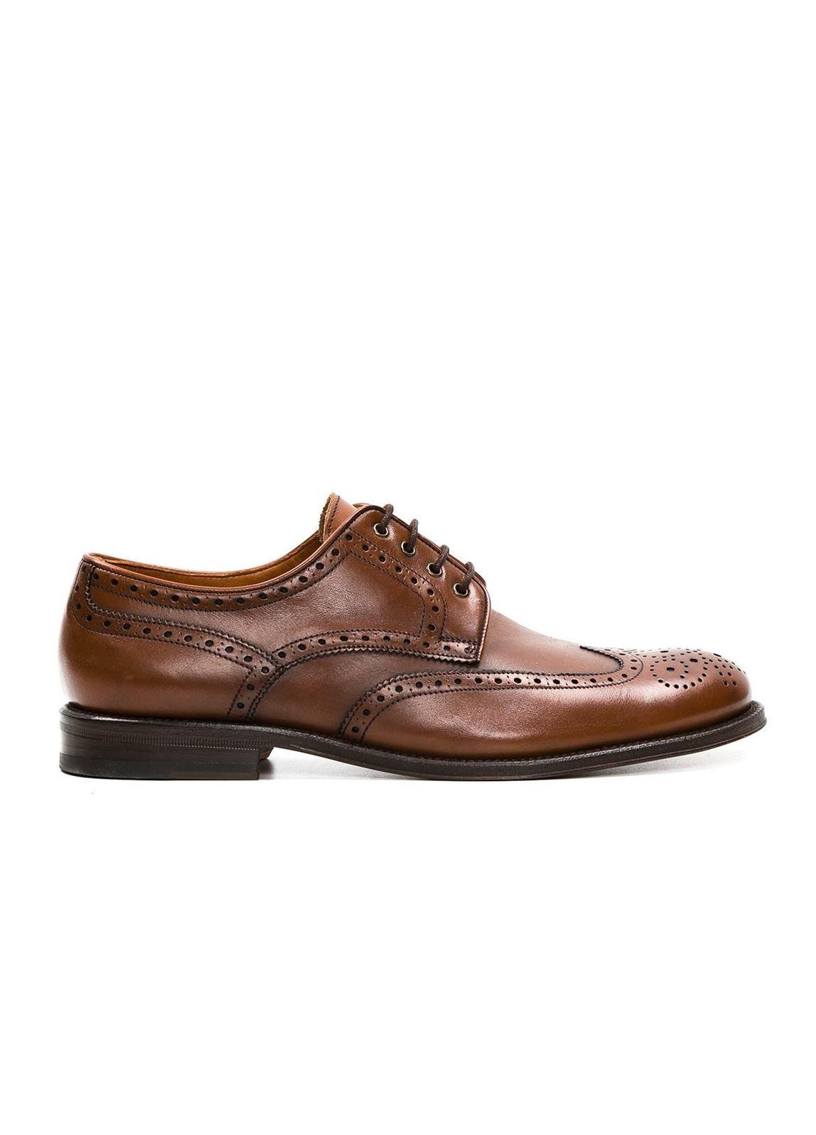 Zapato Formal Wear color marrón con detalles troquelados, 100% Piel.