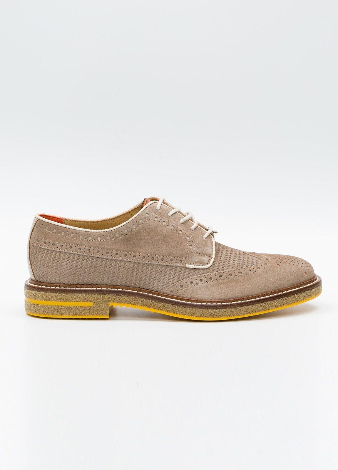 Zapato Formal Wear color beige suela amarilla, 100% Ante.