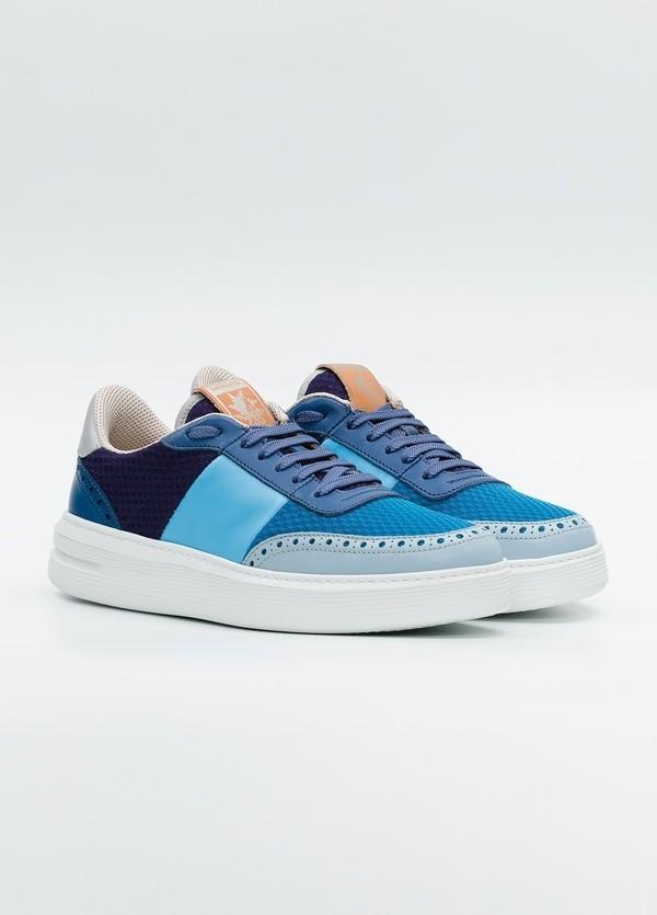 Calzado Sport color azul y marino, combinación de piel y malla. - Ítem1