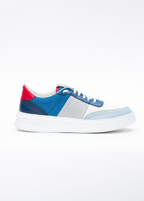 Calzado Sport color blanco y azul, combinación de piel y malla.