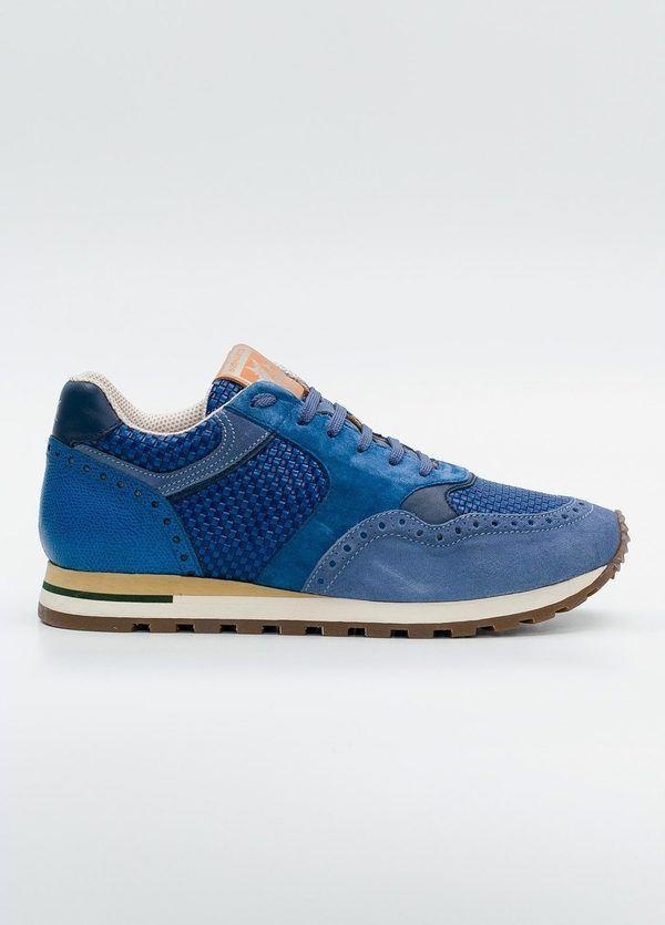 Calzado Sport color azul, serraje y piel.