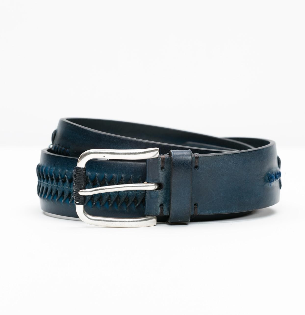 Cinturón Sport con dibujo en relieve color azul, 100% Piel.