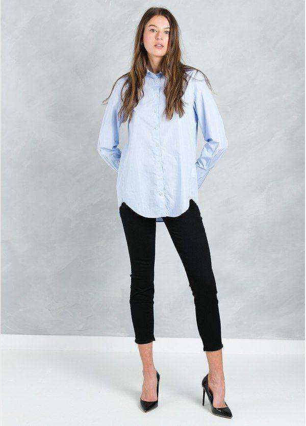 Camisa woman lisa modelo ROXIL color azul celeste.