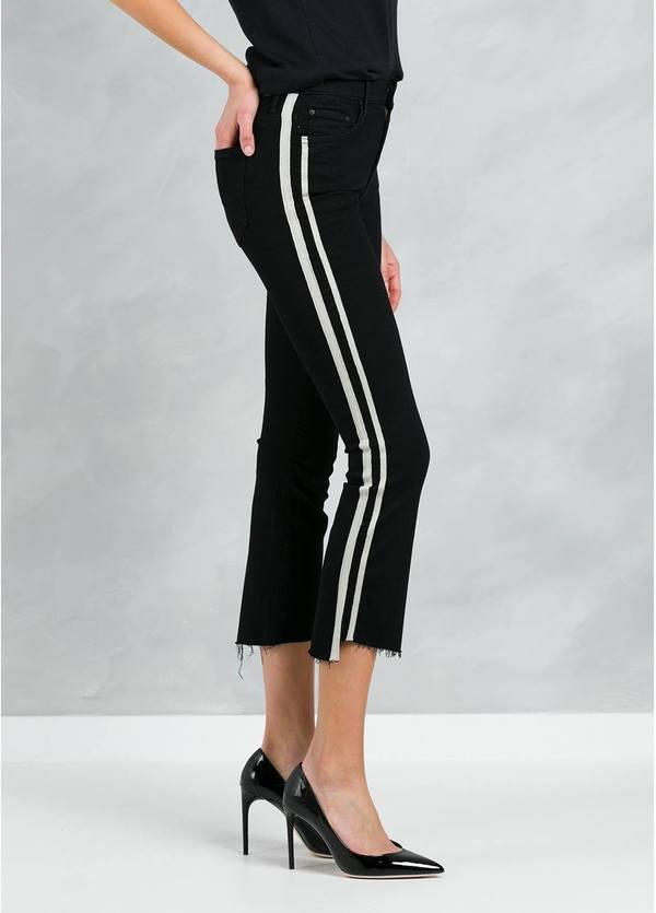 Pantalón tejano SIDE STRIPE JEANS color negro y raya lateral blanca.
