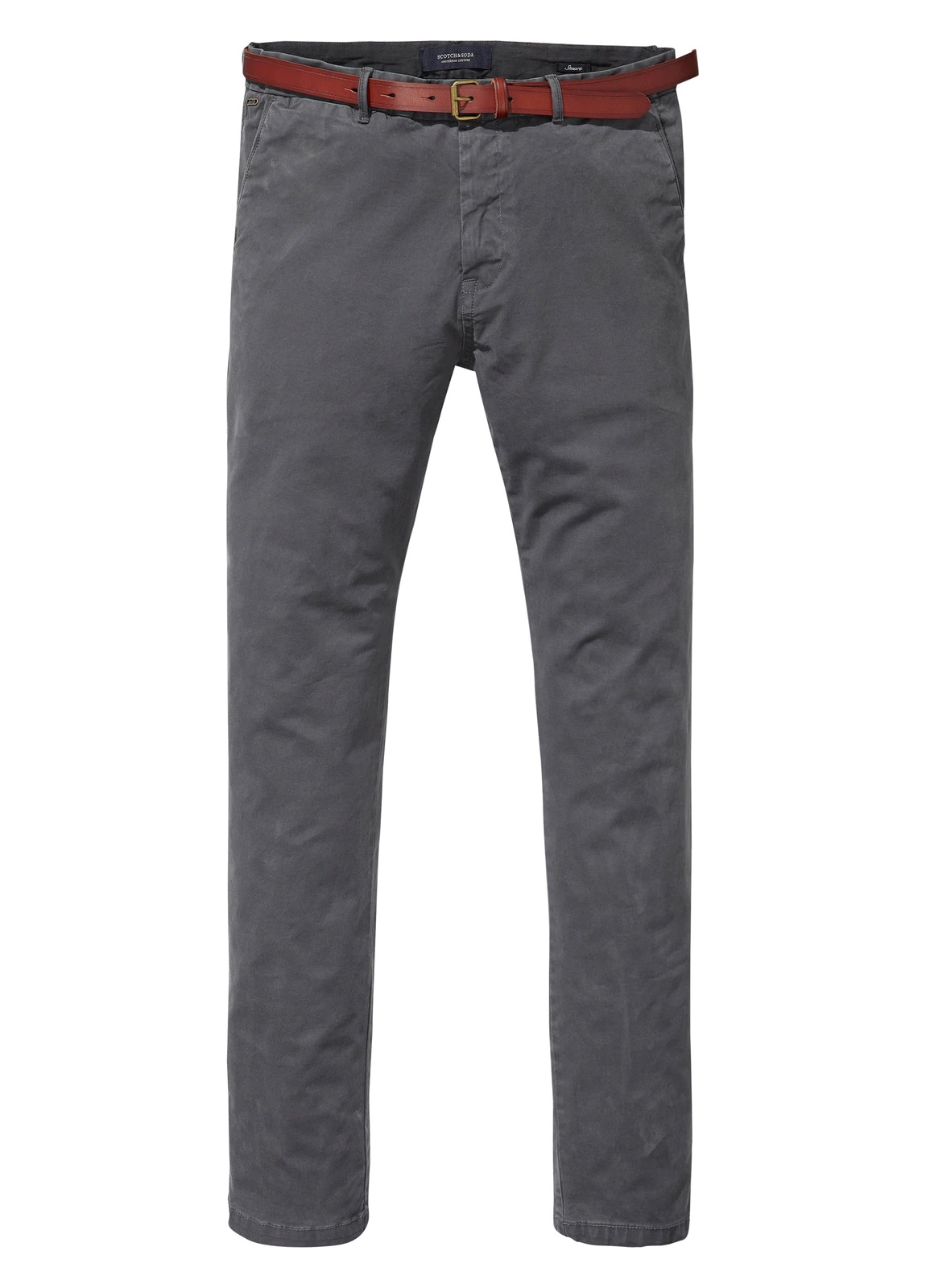 Pantalón chino regular slim fit teñido en prenda color gris. 97% Algodón. 3% Elastano.