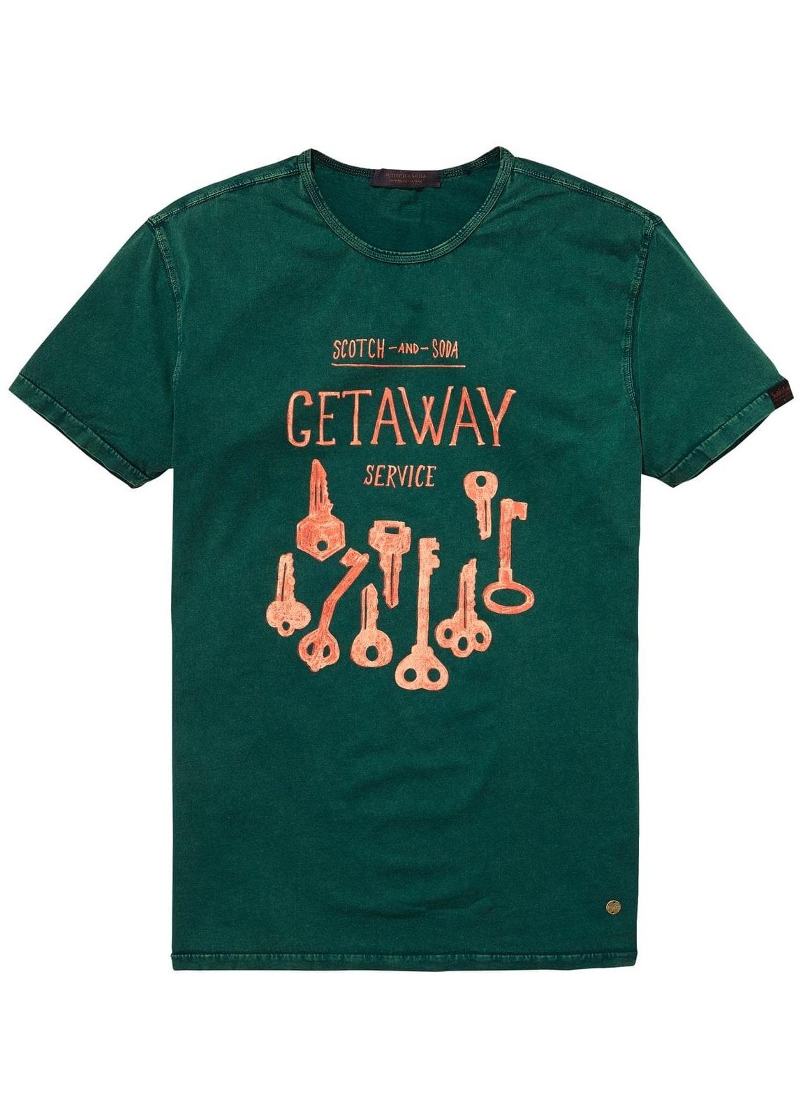 Camiseta estampada color verde. 97% Algodón 3% Elastano.