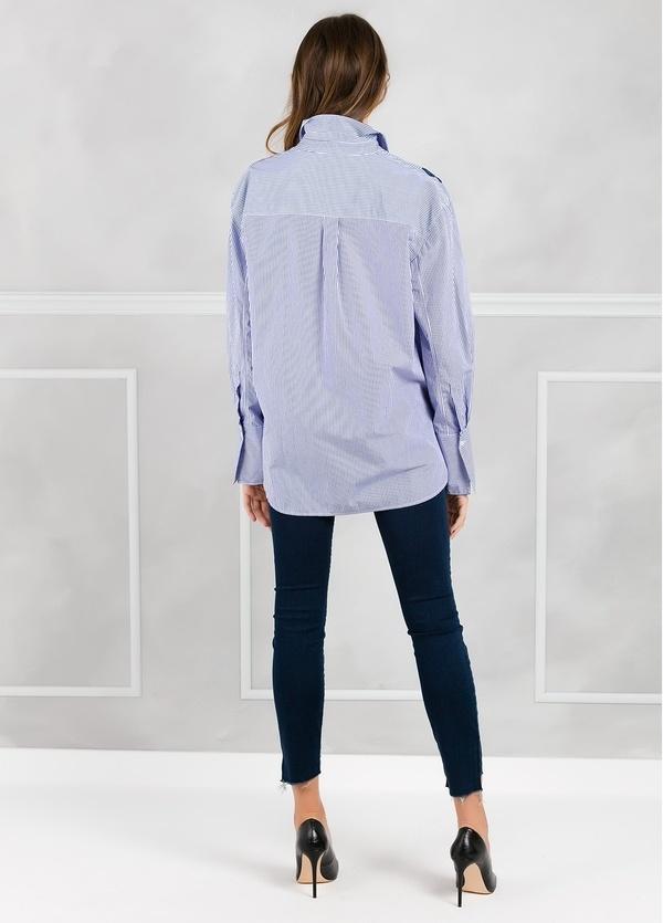 Camisa woman modelo CRIDL estampado maxiflor color azul. - Ítem1
