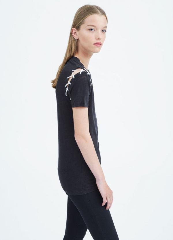 Camiseta manga corta woman color negro con cordones en hombros. 100% Lino. - Ítem1