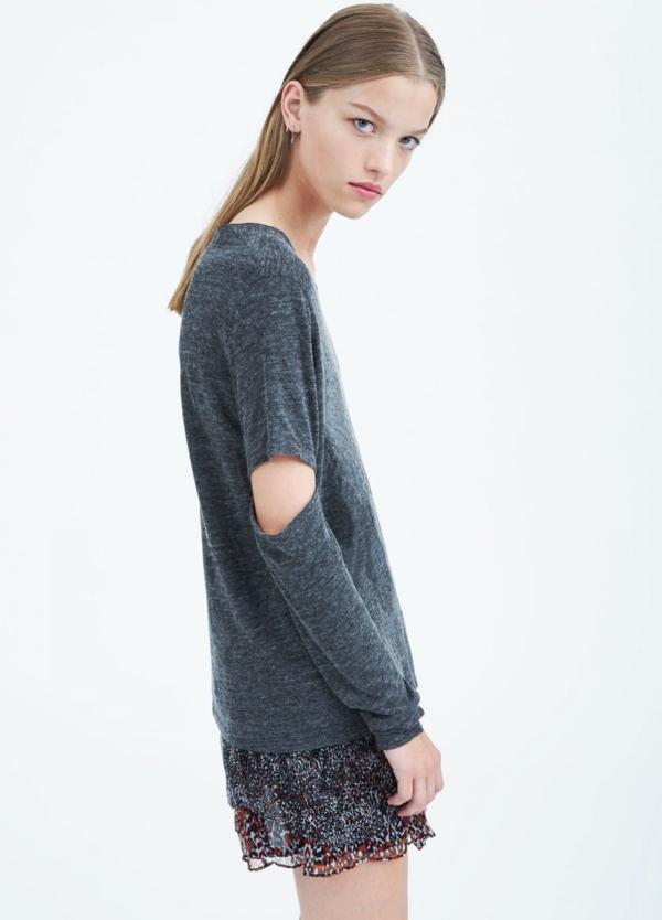 Camiseta woman manga larga color gris con abertura en codos. 63% Viscosa 28% Lana 9% Poliamida. - Ítem1