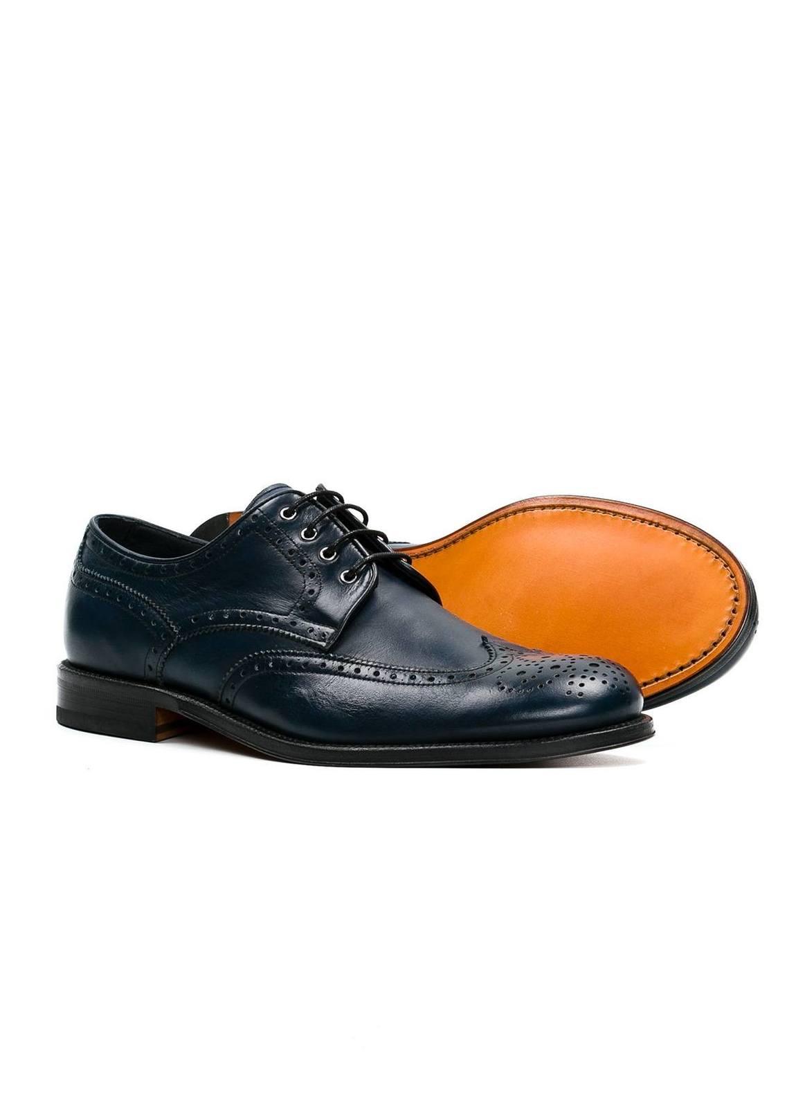 Zapato Formal Wear color azul marino con detalles troquelados, 100% Piel. - Ítem1