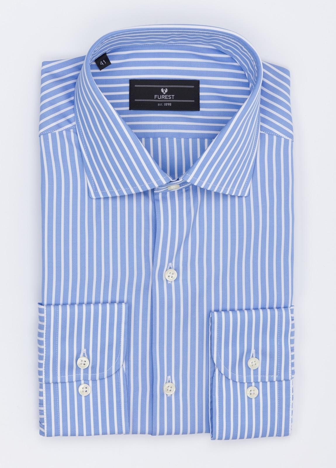 Camisa Formal Wear REGULAR FIT cuello roma modelo TAILORED NAPOLI, raya clásica color azul, 100% Algodón.