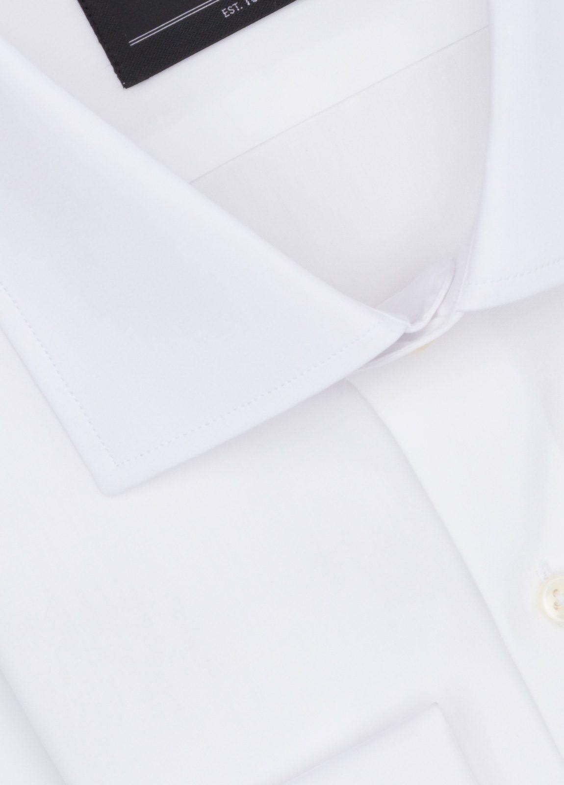 Camisa formal wear slim fit cuello italiano modelo tailored napoli. puño doble, diseño liso color blanco. 100% algodón - Ítem1