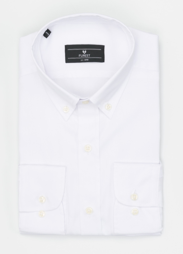 Camisa Formal Wear REGULAR FIT modelo BOTTON DOWN tejido pin point, color blanco. 100% Algodón.
