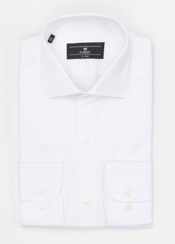 Camisa Formal Wear REGULAR FIT cuello italiano modelo TAILORED NAPOLI, liso color blanco, 100% Algodón Pin Point.
