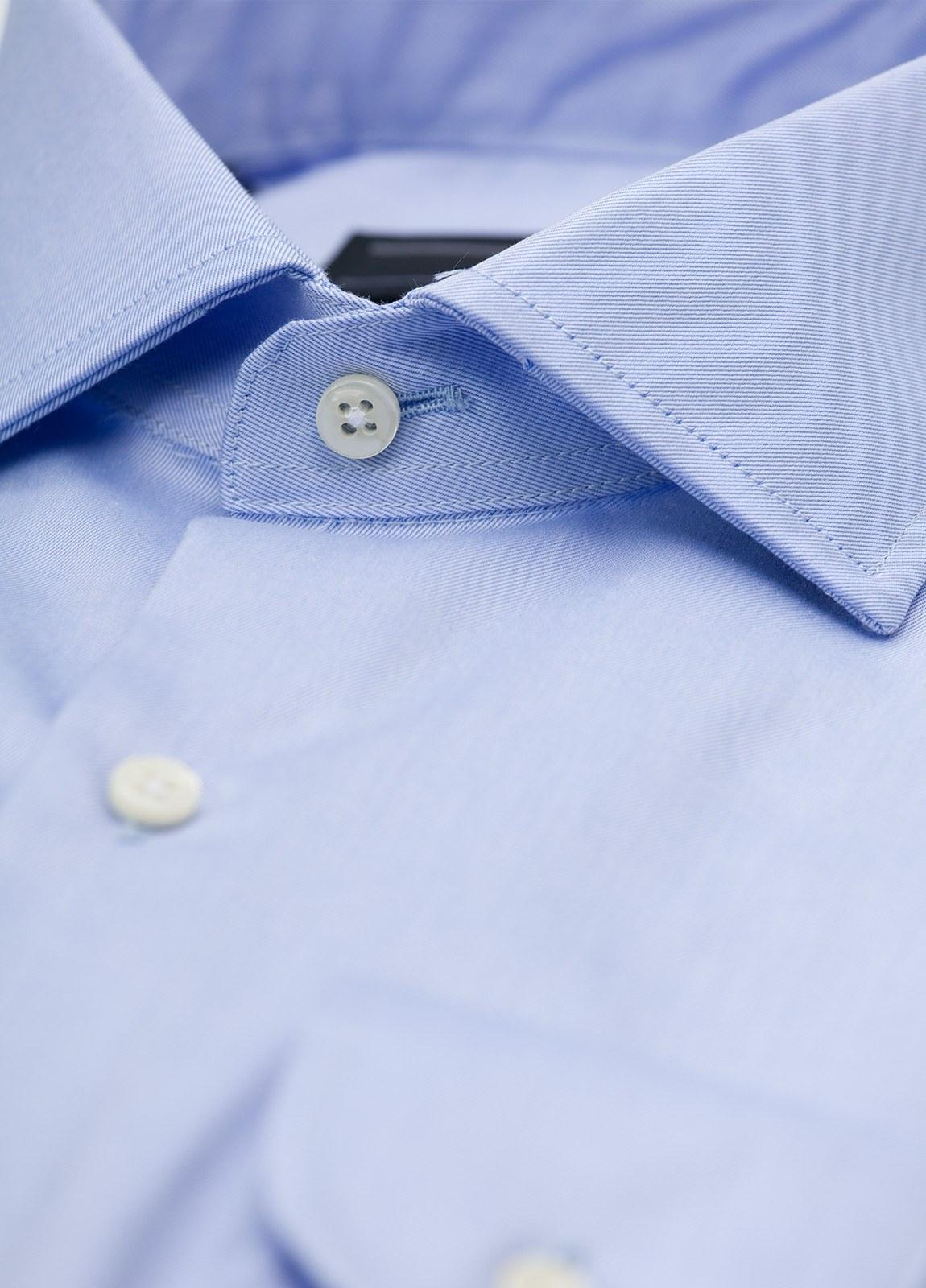 Camisa Formal Wear REGULAR FIT cuello italiano modelo TAILORED NAPOLI, diseño liso color azul celeste, 100% Algodón. - Ítem1