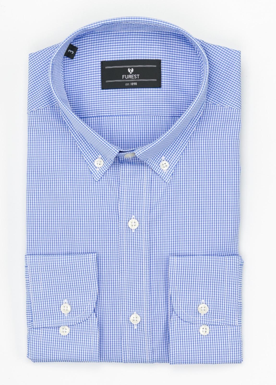 Camisa Formal Wear REGULAR FIT modelo BOTTON DOWN, con bolsillo, tejido de cuadro vichy, color azul celeste. 100% Algodón.