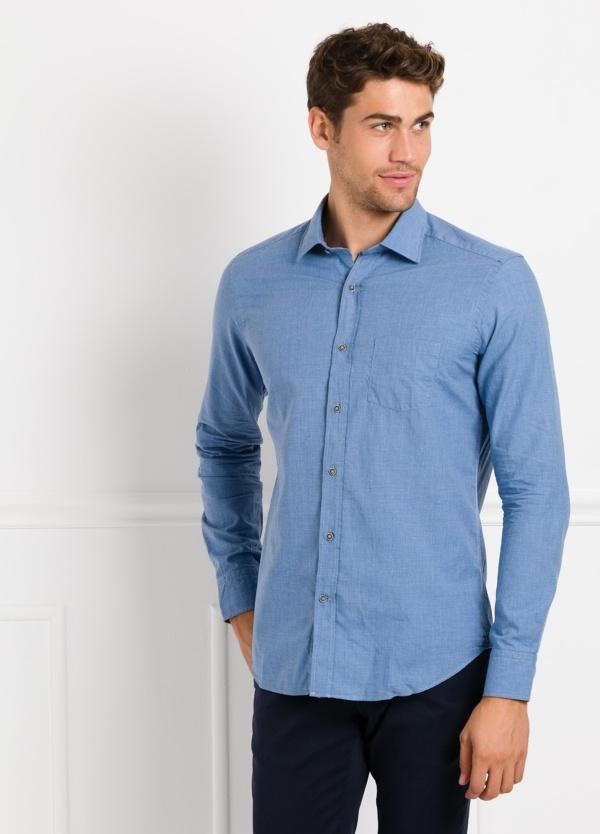 Camisa Leisure Wear REGULAR FIT modelo PORTO, lisa color azul. 100% Algodón.