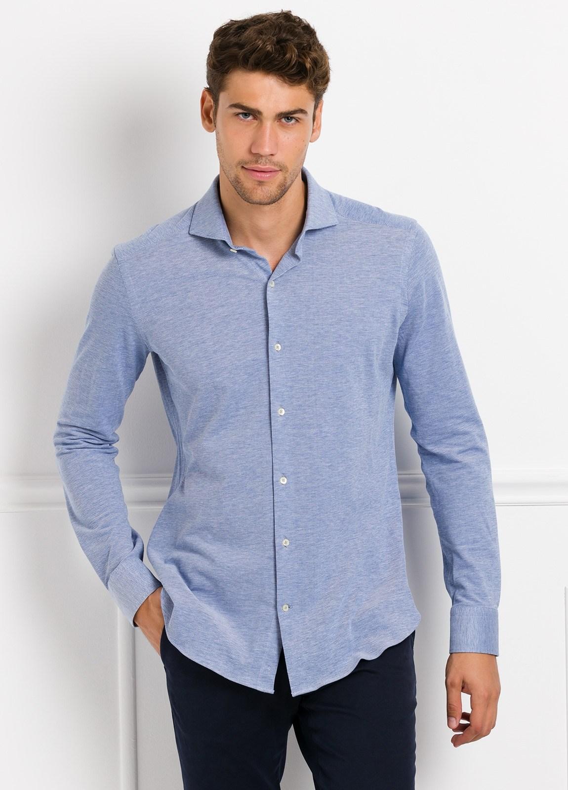 Camisa Leisure Wear SLIM FIT Modelo CAPRI tejido micro textura color azul celeste, 100% Algodón