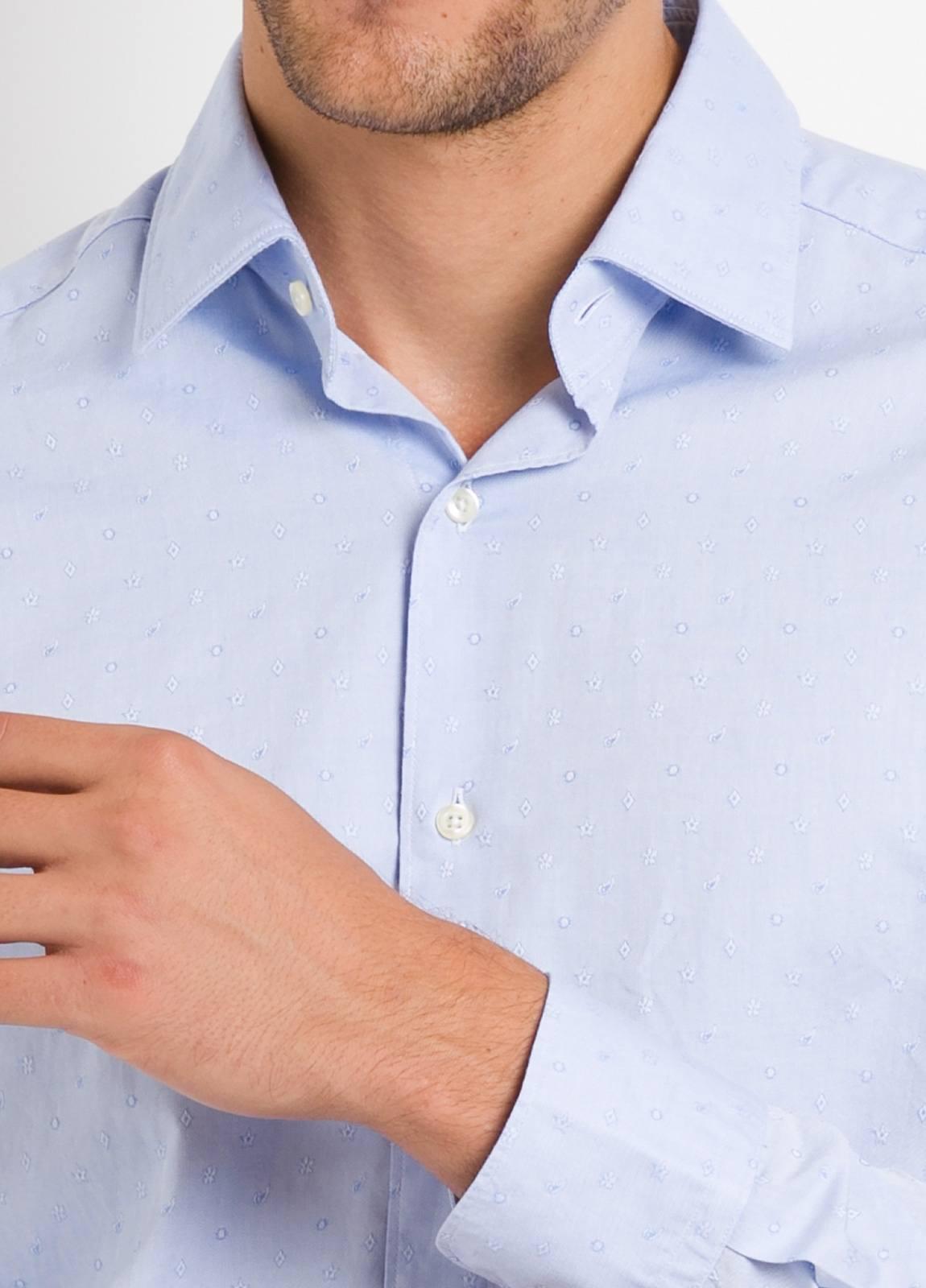 Camisa Leisure Wear REGULAR FIT modelo PORTO tejido dibujo jacquard color celeste. 100% Algodón. - Ítem3