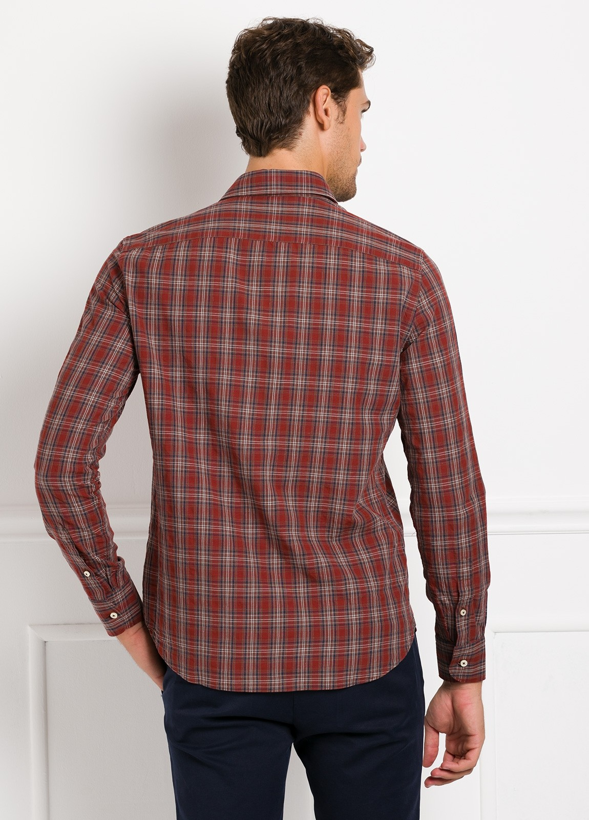 Camisa Leisure Wear REGULAR FIT modelo PORTO, cuadros granate, marrón. 100% Algodón. - Ítem4