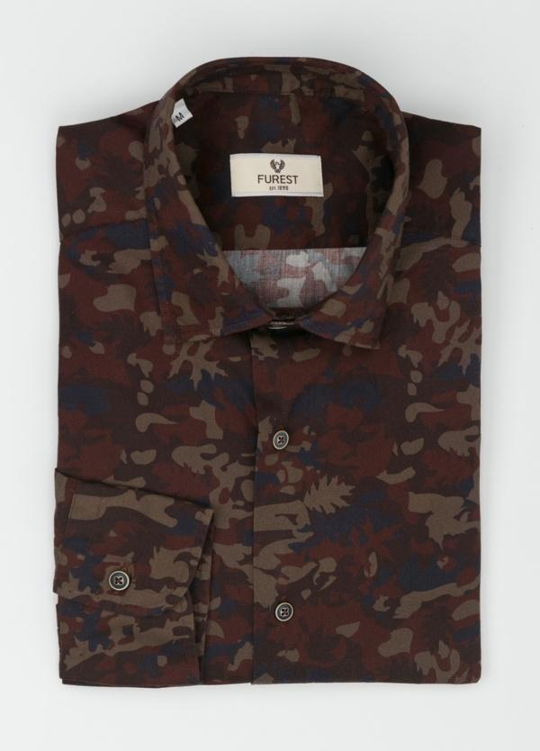 Camisa Leisure Wear SLIM FIT modelo PORTO estampado camuflaje color marrón. 100% Algodón. - Ítem3