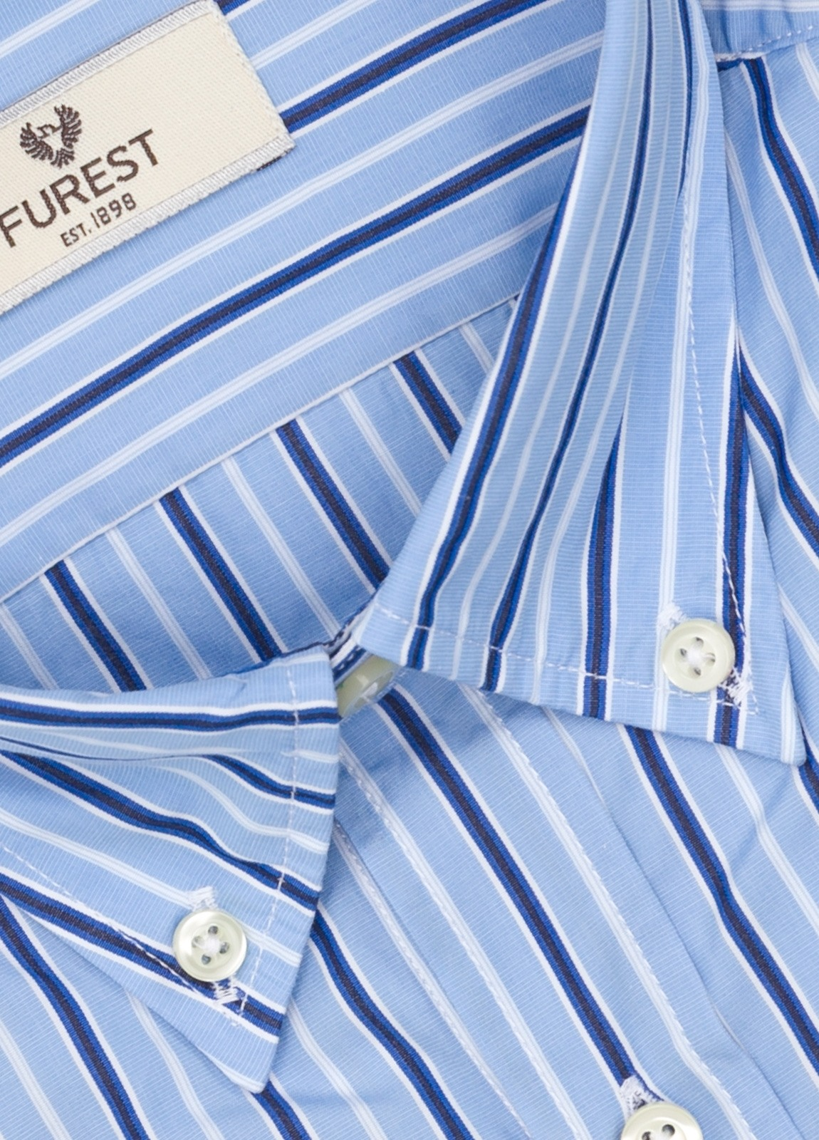 Camisa Leisure Wear SLIM FIT Modelo BOTTON DOWN color azul celeste, estampado rayas azul. 100% Algodón. - Ítem1