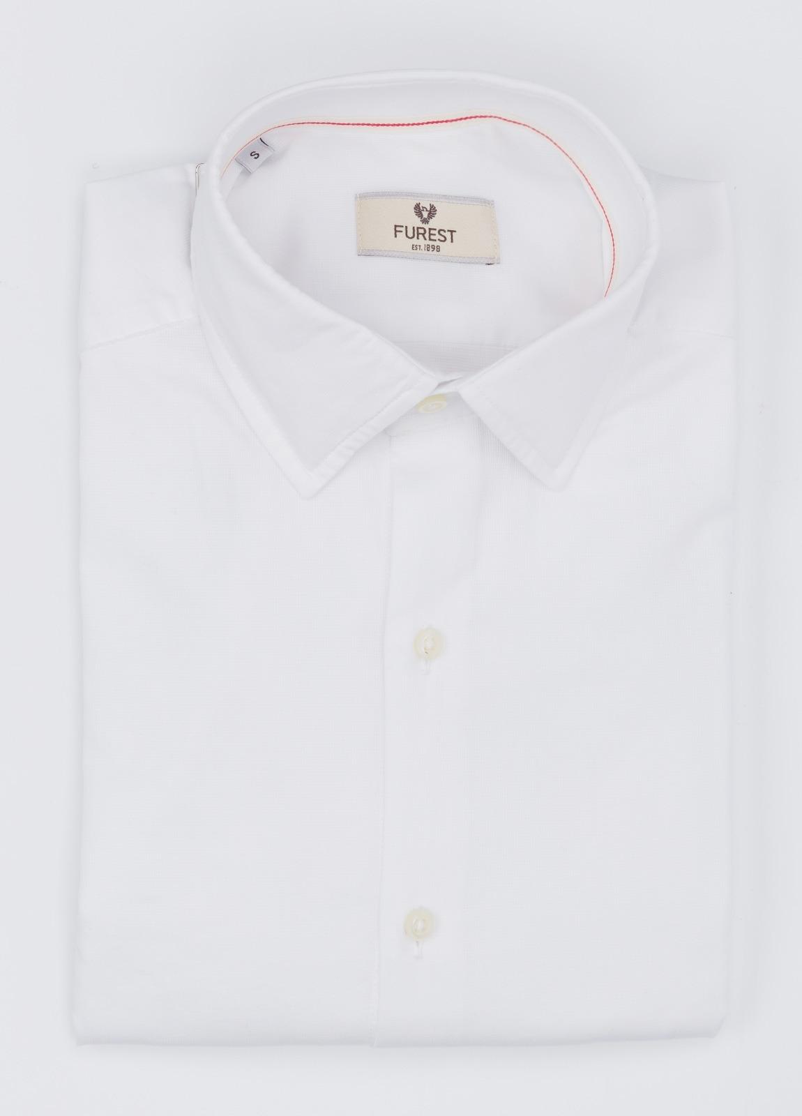 Camisa Leisure Wear SLIM FIT modelo PORTO, color blanco. 100% Algodón.