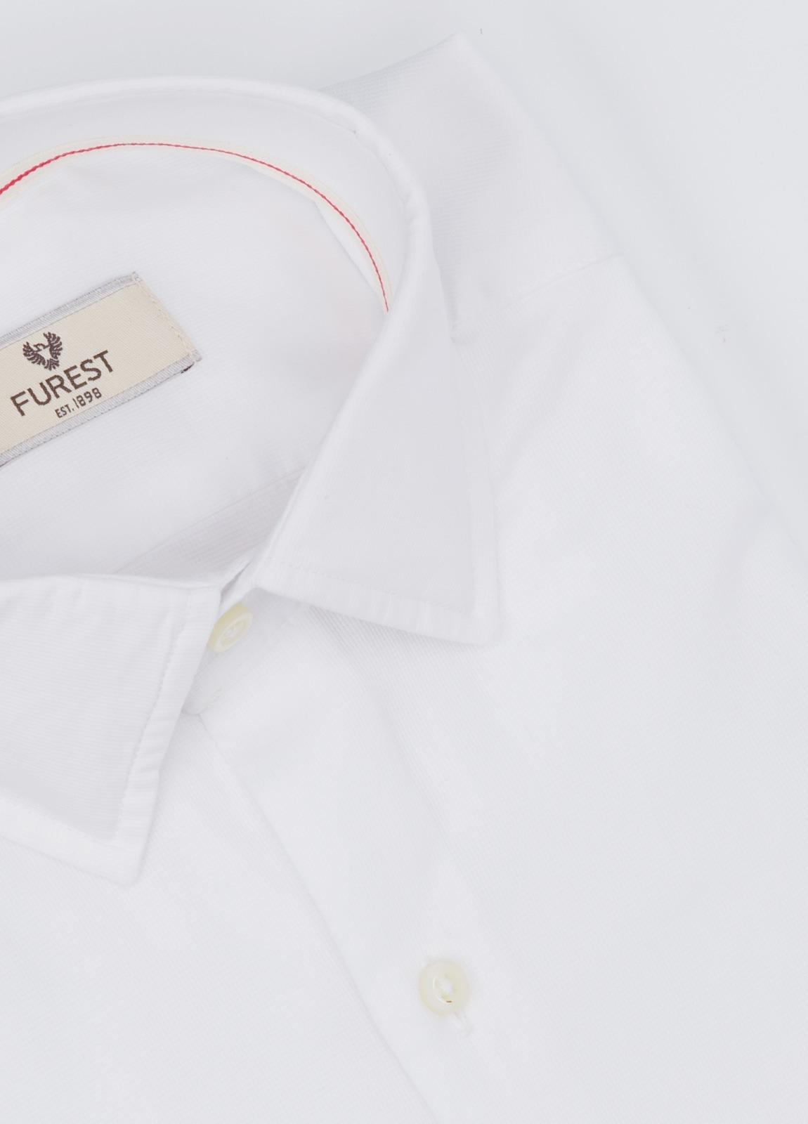 Camisa Leisure Wear SLIM FIT modelo PORTO, color blanco. 100% Algodón. - Ítem1