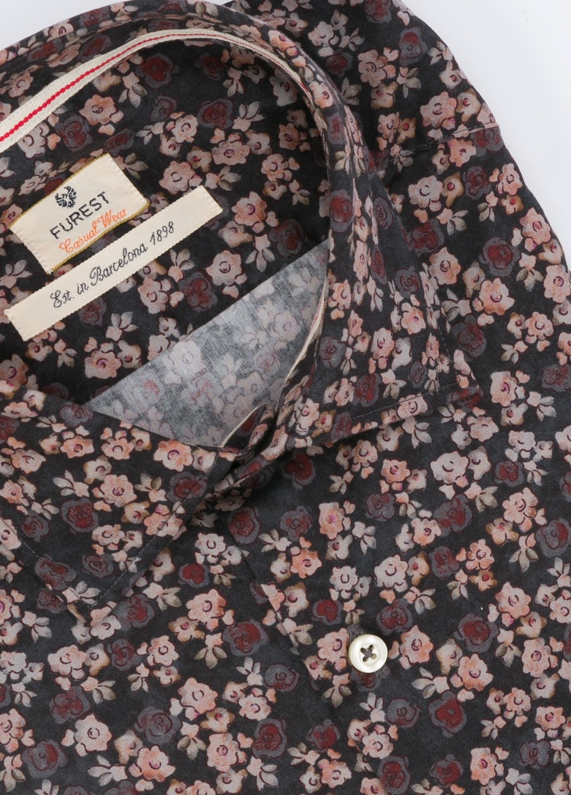 Camisa Leisure Wear SLIM FIT , modelo PORTO estampado floral color granate . 100% Algodón. - Ítem1
