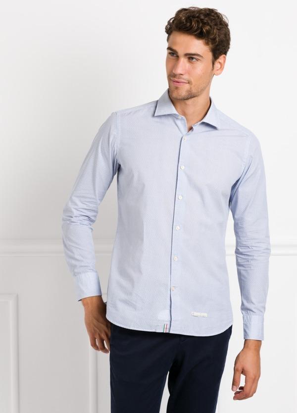 Camisa sport SLIM FIT con dibujo geométrico color azul celeste. 100% Algodón.