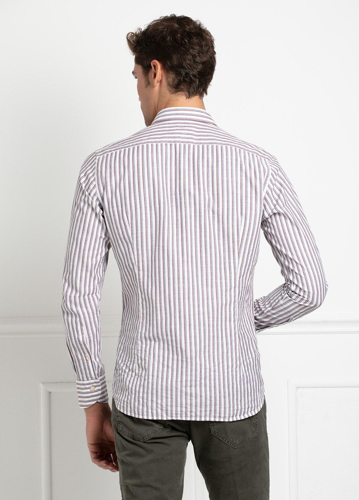 Camisa sport SLIM FIT, rayas color rojo y gris fondo blanco. 100% Algodón. - Ítem1