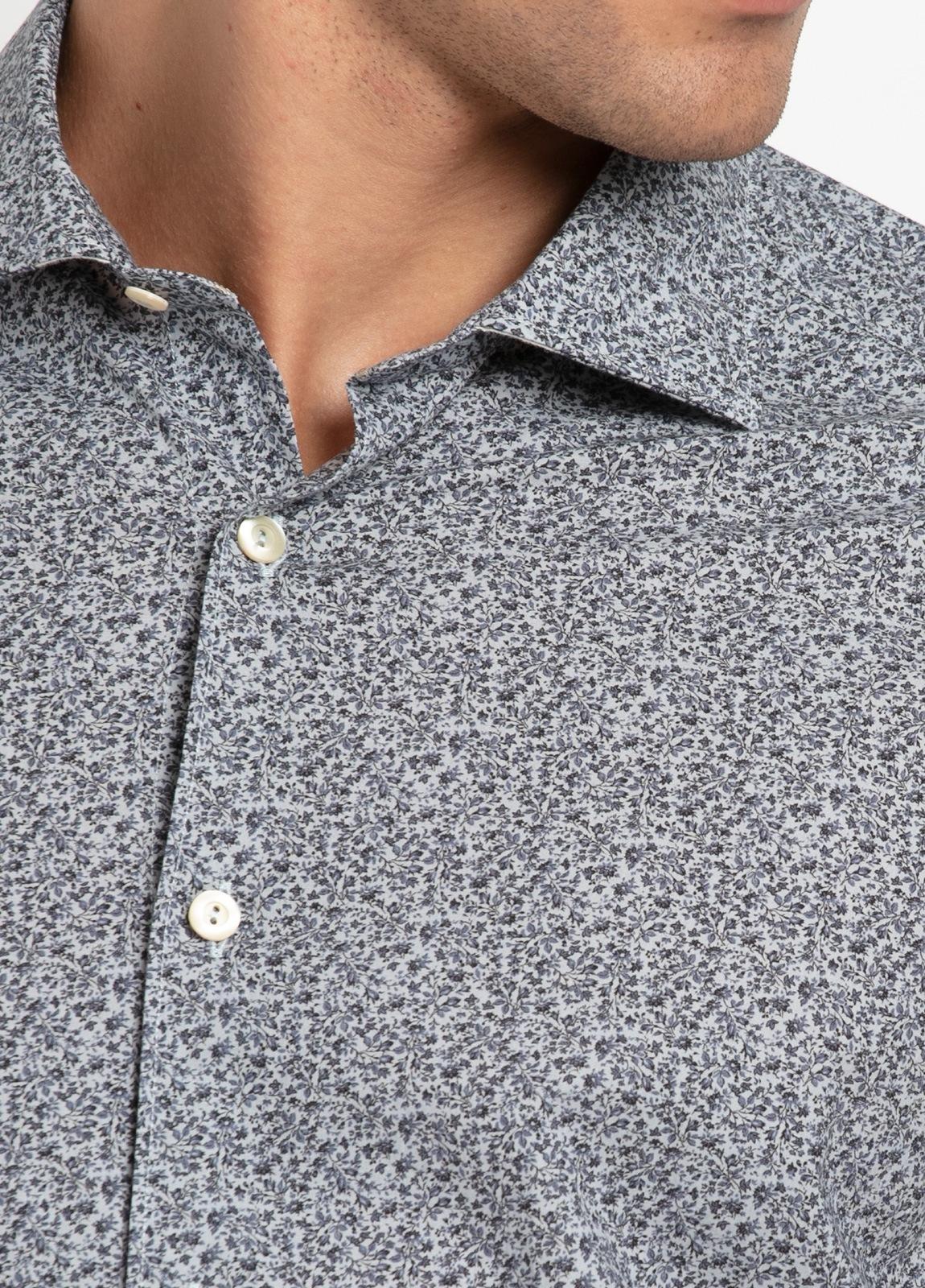 Camisa sport SLIM FIT con estampado floral en tonos gris azulado. 100% Algodón. - Ítem2