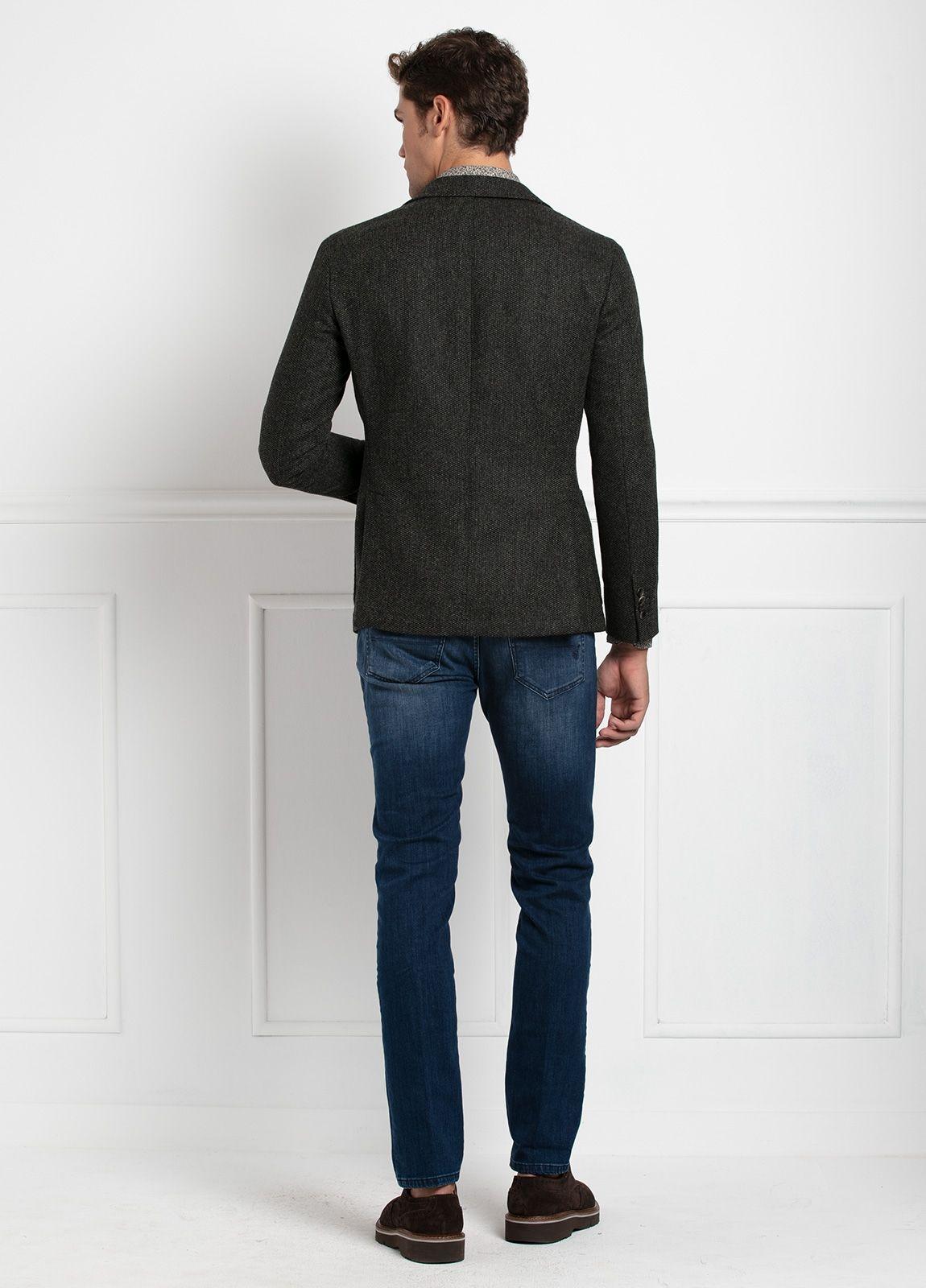 Americana SOFT JACKET Slim Fit, tejido textura color verde oscuro. 97% Lana, 3% Cashmere. - Ítem3