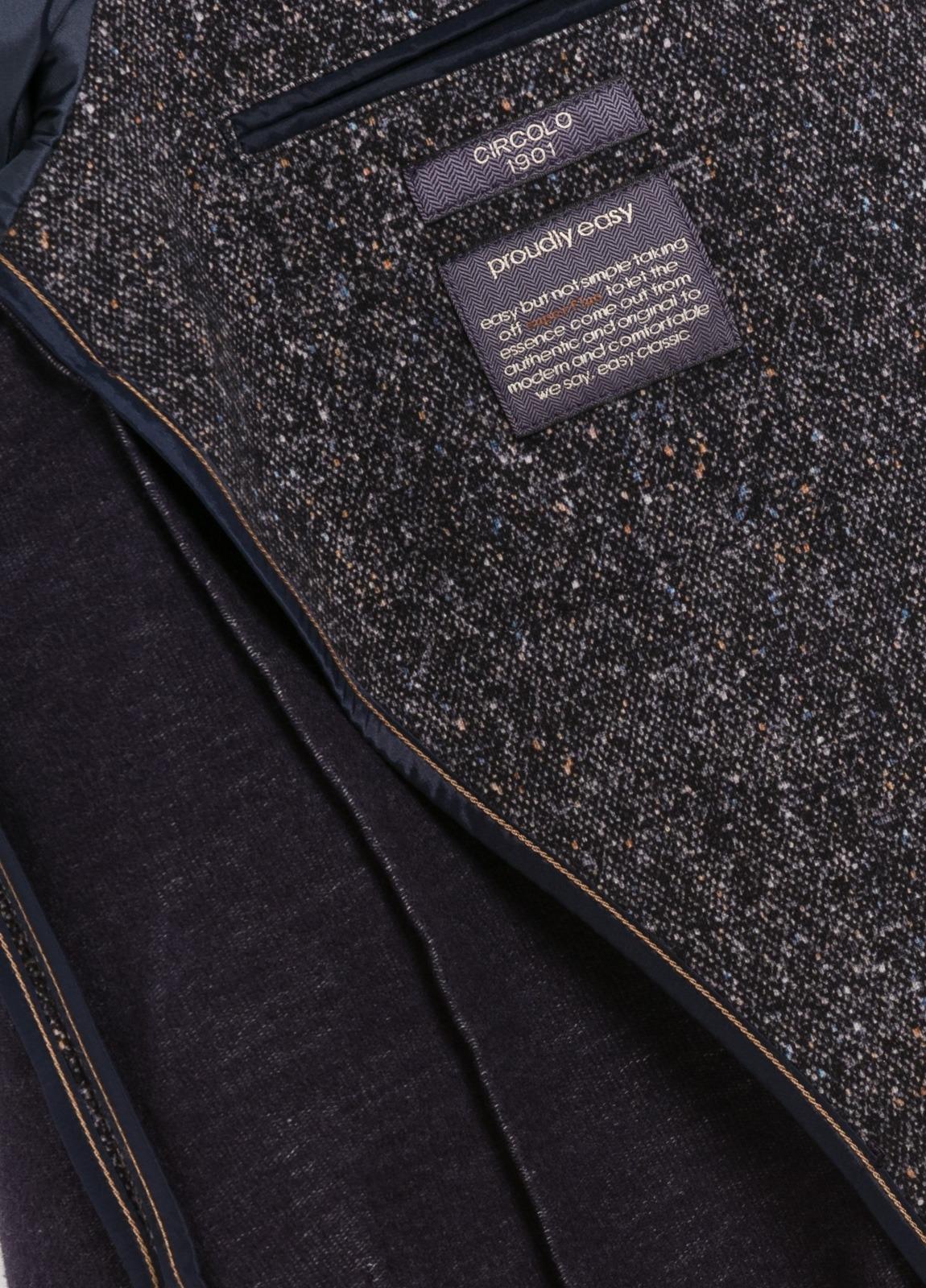 Americana soft 2 botones SLIM FIT Oxford color azul marino, 95% Algodón 5% Ea. - Ítem1