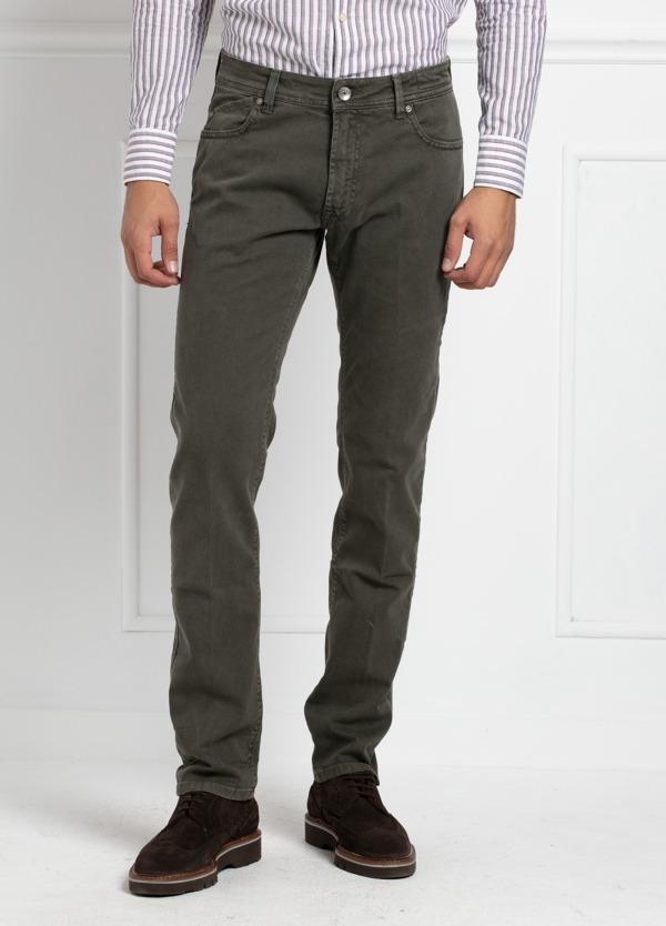 Pantalón sport 5 bolsillos slim fit modelo HOPPER color kaki. Algodón