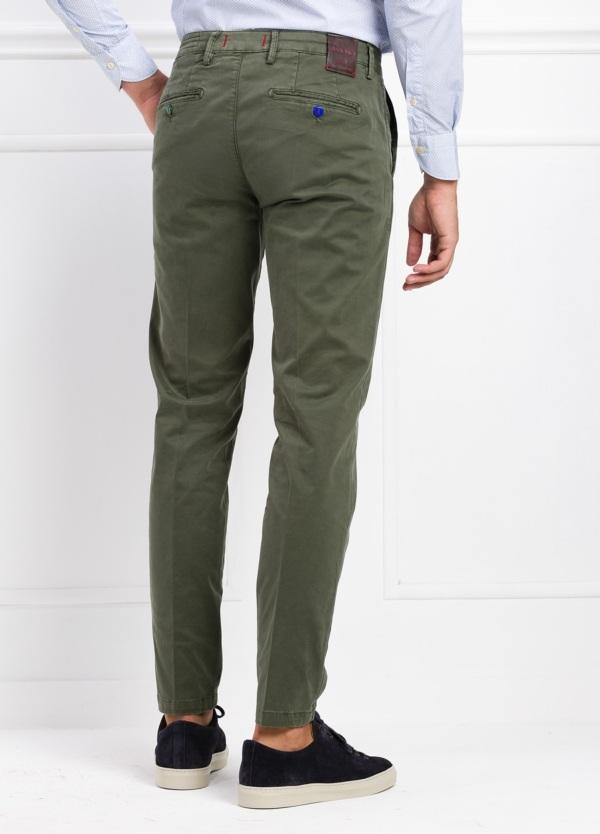 Pantalón chino color verde kaki. 97% Algodón 3% Ea. - Ítem2