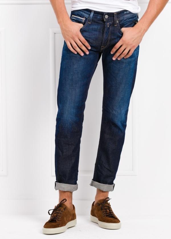 Pantalón tejano 12,75 oz SLIM MA946 RONAS color azul lavado. 100% Algodón.