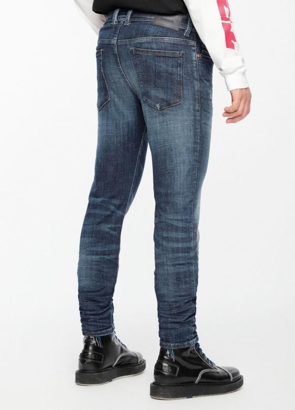 Pantalón tejano skinny modelo SLEENKER color azul lavado. 95% Algodón 3% Poliéster 2% Elastáno. - Ítem2