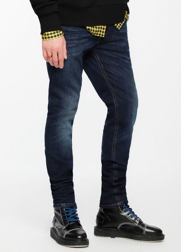 Pantalón tejano skinny modelo THOMMER color azul oscuro lavado. 98% Algodón, 2% Elastáno. - Ítem4