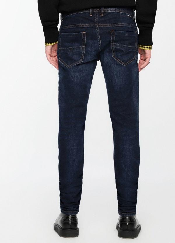 Pantalón tejano skinny modelo THOMMER color azul oscuro lavado. 98% Algodón, 2% Elastáno. - Ítem2