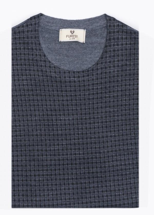 Jersey cuello redondo color azul, dibujo geométrico. 45% Lana Merino, 55 % Poliester