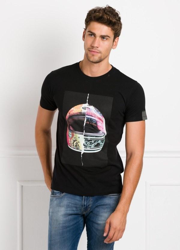 Camiseta manga corta color negro con estampado gráfico. 100% Algodón.