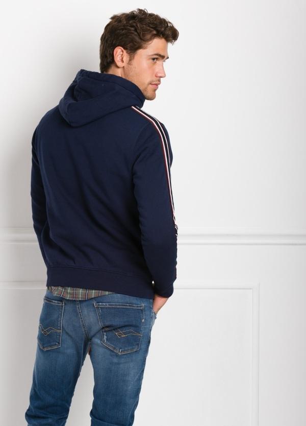 Sudadera con capucha, color azul noche con logotipo estampado. 100% Algodón. - Ítem1