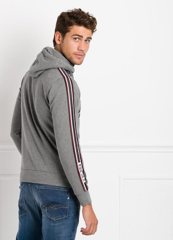 Sudadera con capucha, color gris con logotipo estampado. 100% Algodón. - Ítem2