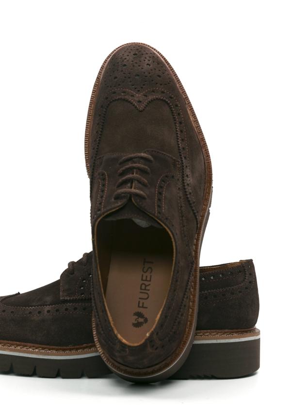 Zapato Sport Wear ante color marrón oscuro con detalles troquelados, 100% Piel. - Ítem2