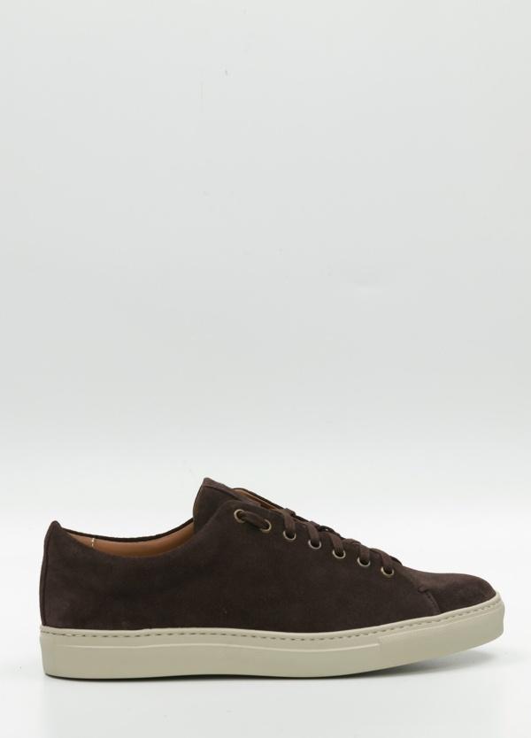 Calzado Sport Wear cordones color marrón oscuro, 100% Ante.
