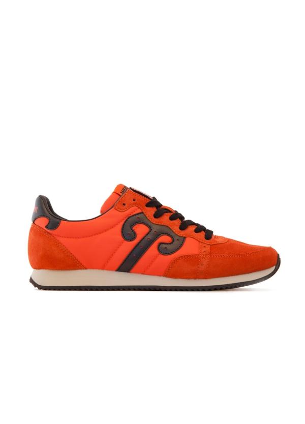 Bambas moda hombre color naranja. Combinación de serraje, piel y tejido técnico.