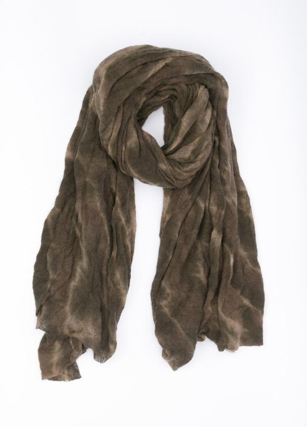 Foulard liso, color tostado lavado, 120 X 180 cm. 100% Cashemere.